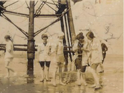 PADDLING AT THE BASE OF CHAPMAN LIGHT HOUSE, CANVEY ISLAND