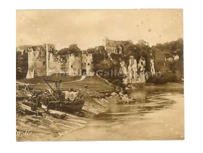 POSTCARD OF CHEPSTOW CASTLE